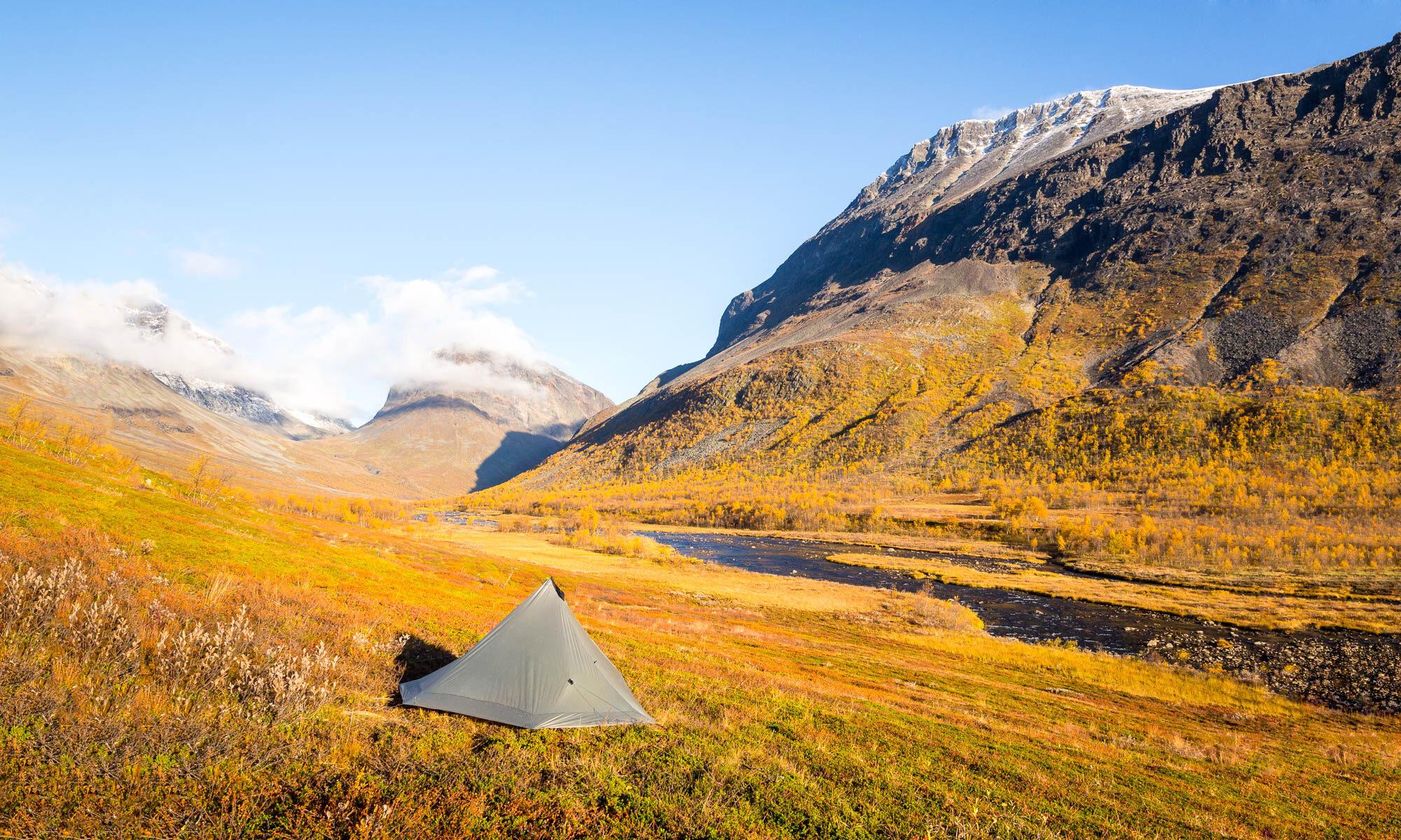 Vaelluskurssi, telttaile Nuuksiossa ja vaella Lapissa. Teltta ja ruska, Lappi.